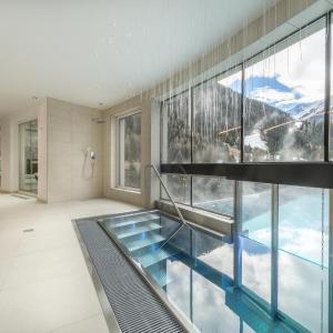 Hotellikuvia: Hotel Grischuna, Sankt Anton am Arlberg