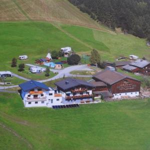 Foto Hotel: Oberhasenberghof, Taxenbach