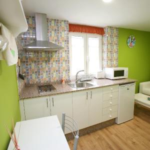 Hotel Pictures: Apartamentos Bouso, Villaframil