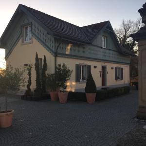 Hotel Pictures: Ferienwohnung Schlössle Laufenburg, Laufenburg