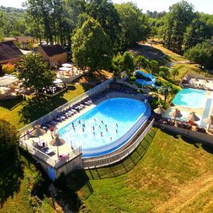 Hotel Pictures: Camping La Linotte, Le Bugue