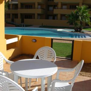 Hotel Pictures: Albatros Playa 3 - 1807, Mar de Cristal
