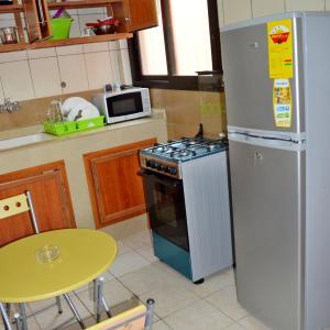 Hotel Pictures: Chic appartement de 2 pièces, Abidjan