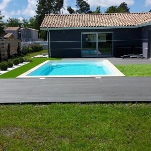 Hotel Pictures: Villa avec Piscine Lac de Sanguinet, Sanguinet