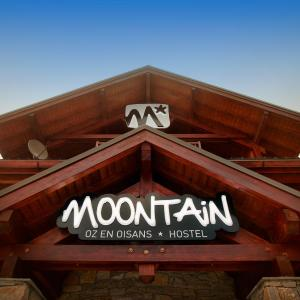 Hotel Pictures: Moontain Hostel, Oz