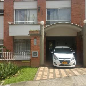 Hotel Pictures: Envigado House 118, Envigado