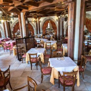 Hotel Pictures: Hotel Restaurante El Castillo, Olmillos de Sasamón