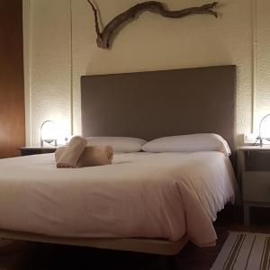 Hotel Pictures: Casa Del PI, Font-Rubí