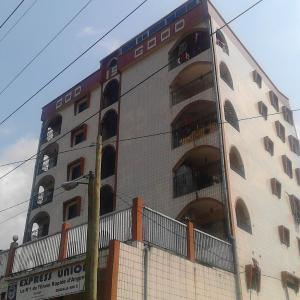 Hotel Pictures: God is good Building, Douala
