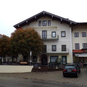 Hotel Pictures: Gasthof zum Hochfelln, Bergen