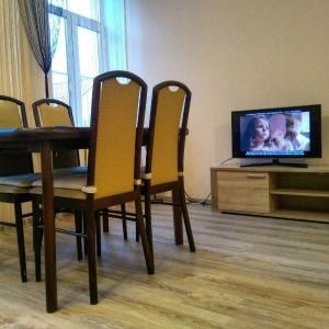 Hotel Pictures: La Zamka, Lida