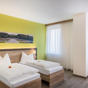 Hotel Pictures: Sleepin Premium Motel Loosdorf, Loosdorf