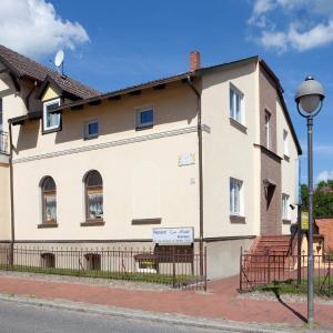 Hotel Pictures: Pension Zur Mühle, Laage