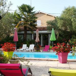 Hotel Pictures: L'Hermine Occitane B&B, Gratens