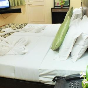 Hotel Pictures: Alor Grande Holiday Resort, Candolim