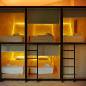 Hotel Pictures: Fauna Luxury Hostel, San José