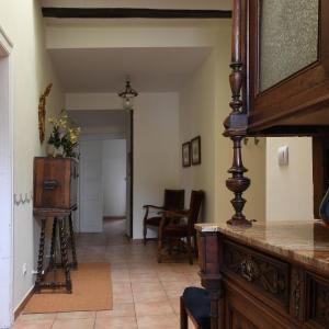 Hotel Pictures: Solar De Quintano, Labastida