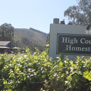 Фотографии отеля: High Country Homestead, Брайт
