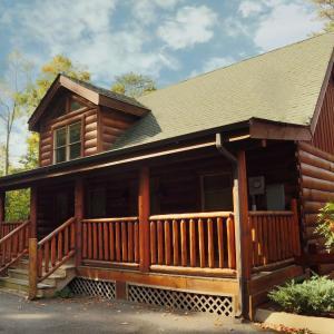 Фотографии отеля: April Mist Cabin, Sevierville