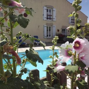 Hotel Pictures: Chambres d'hôtes les Dimes, Le Langon