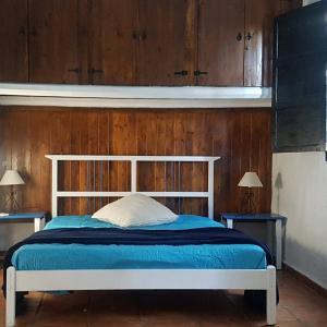 Hotel Pictures: Artist Cottage, San Pedro