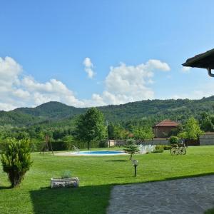 Hotel Pictures: Complex Elitsa, Sredni Kolibi