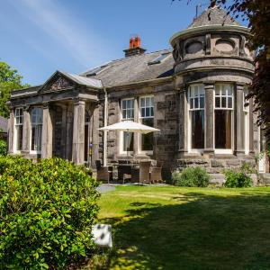 Hotel Pictures: The Lodge Guest House, Elgin