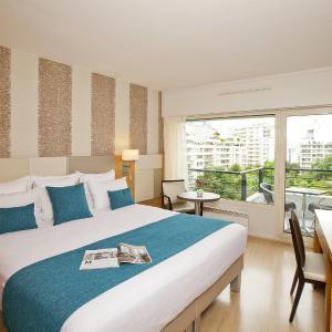 Hotel Pictures: Residhome Courbevoie La defense, Courbevoie
