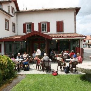 Hotel Pictures: Hotel Mendy, Saint-Jean-le-Vieux