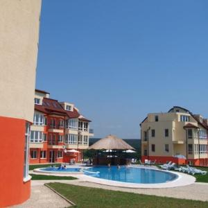 Hotel Pictures: Privacy Beach Resort Apartments, Bliznatsi