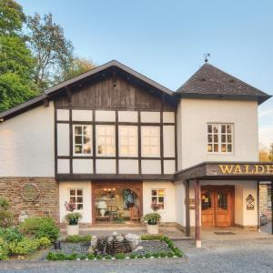 Hotelbilleder: Romantik Waldhotel Mangold, Bergisch Gladbach