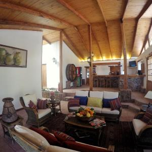 Hotel Pictures: Hotel El Galpon de Elqui, Pisco Elqui