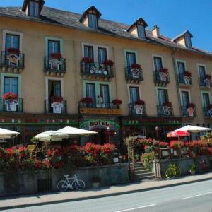 Hotel Pictures: Hôtel Oberland, Le Bourg-d'Oisans