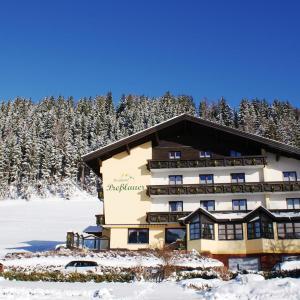 Hotellikuvia: Berghotel Presslauer, Jenig