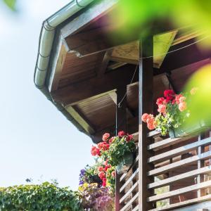 Foto Hotel: Ferienwohnungen Vomperberg, Schwaz