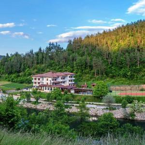Hotellbilder: Complex Izvora, Srednogortsi