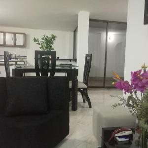 Hotel Pictures: Your apartment 20 minutes to Poblado, Itagüí