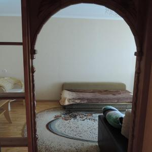 Hotel Pictures: Apartment in 18 district, house 29, Zhlobin
