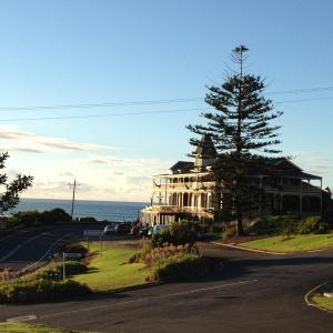 Foto Hotel: Grand Pacific Hotel & Apartments, Lorne