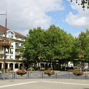 Hotel Pictures: L Escale Parisienne De Valerie, Bussy-Saint-Georges