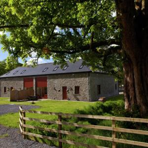 Hotel Pictures: Kite Stable Cottage, Cynghordy
