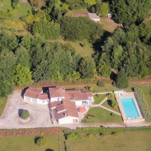 Hotel Pictures: Sablat 8P, Saint-André-et-Appelles