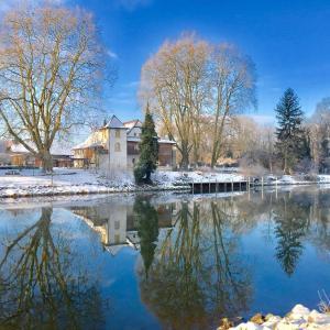 Hotel Pictures: Auberge de La Sauge, Cudrefin