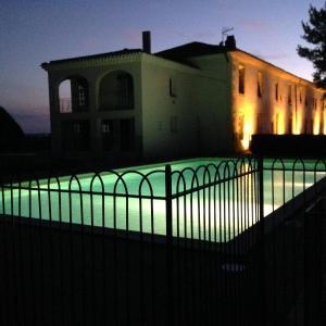 Hotel Pictures: Maison Récantou, Airoux