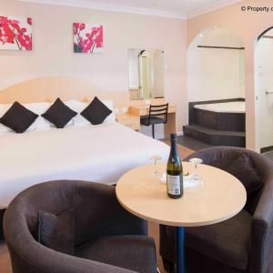 Hotel Pictures: Blue Mountains Heritage Motel, Katoomba