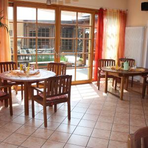 Hotelbilleder: Caritashaus St. Elisabeth, Altötting