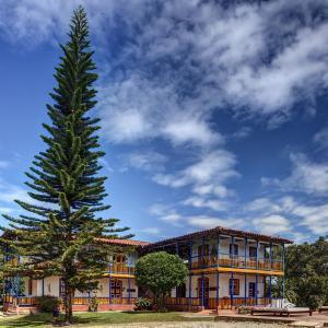 Hotel Pictures: Hacienda Combia by Sercotel, Calarcá