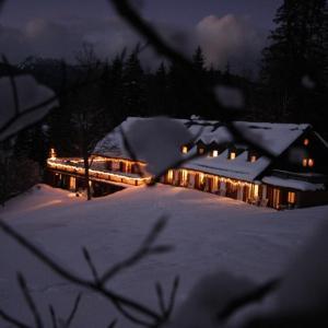 Hotelbilleder: Berghaus Alpenland Apartment Klais, Klais