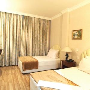 Hotel Pictures: Jeruton Hotel, Kampong Jerudong