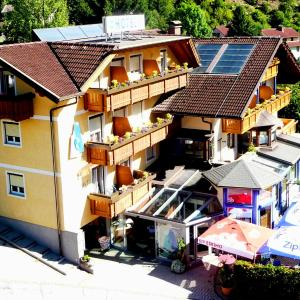 Foto Hotel: Hotel Gletschermühle, Flattach